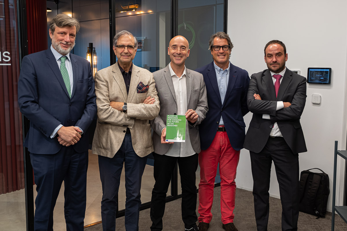 "Presentation of the book ""Pension plans for consumption and the future of the pensions"""